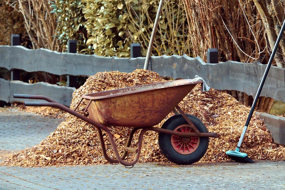 Gardening, Wheelbarrows, Broom, Mulch, Bark Mulch
