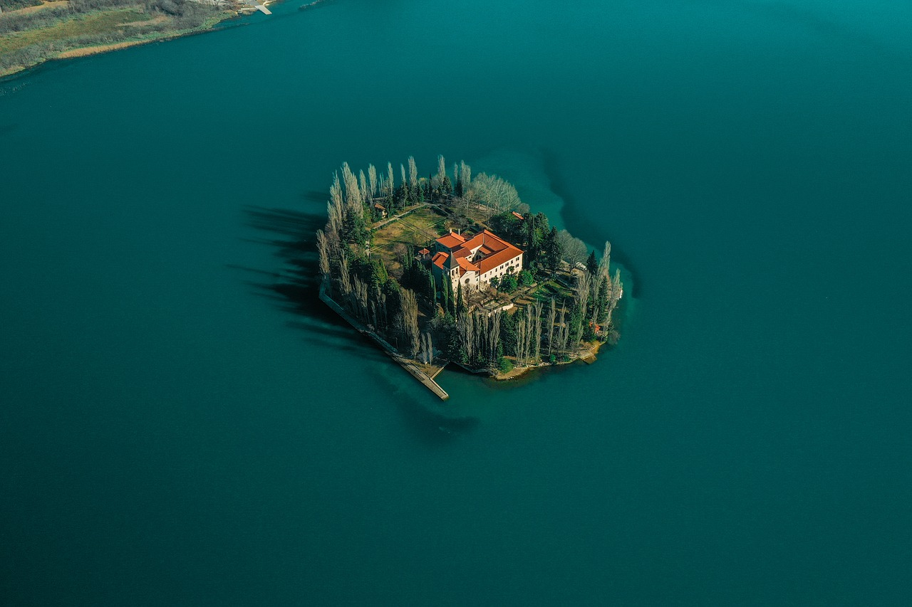 hire an aerial photographer for even the remotest location