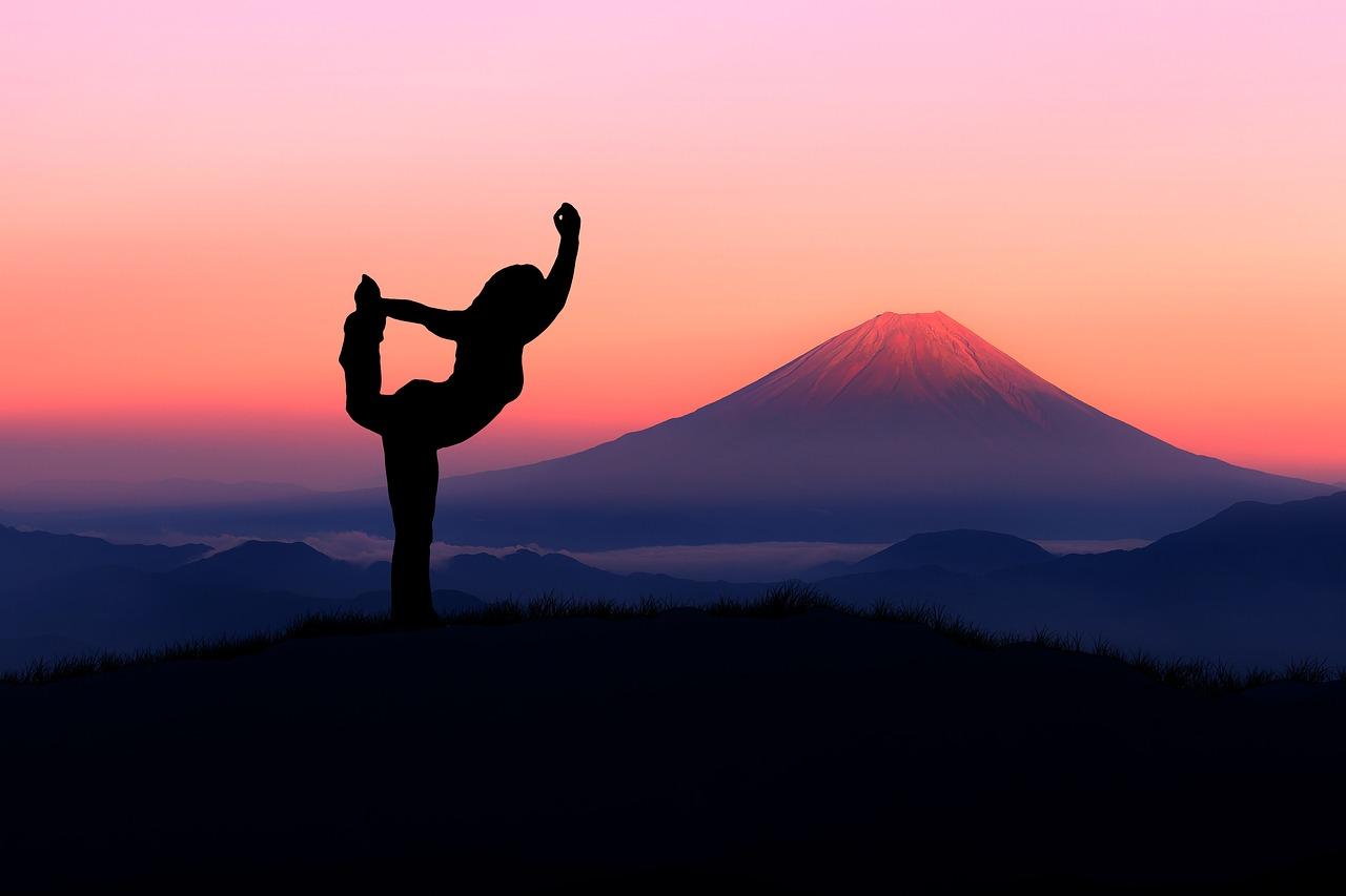 yoga-4033228_1280.jpg