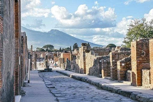 Pompeii, Vesuvius, Street, Italy