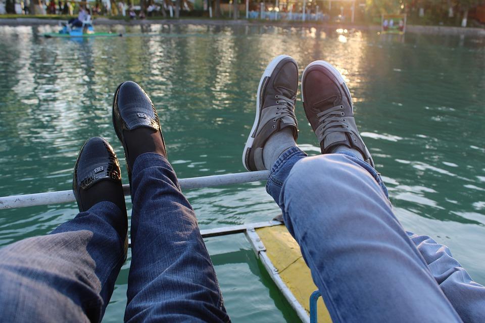 ff4b48f396e Παπούτσια Πόδια Ζευγάρι - Δωρεάν φωτογραφία στο Pixabay