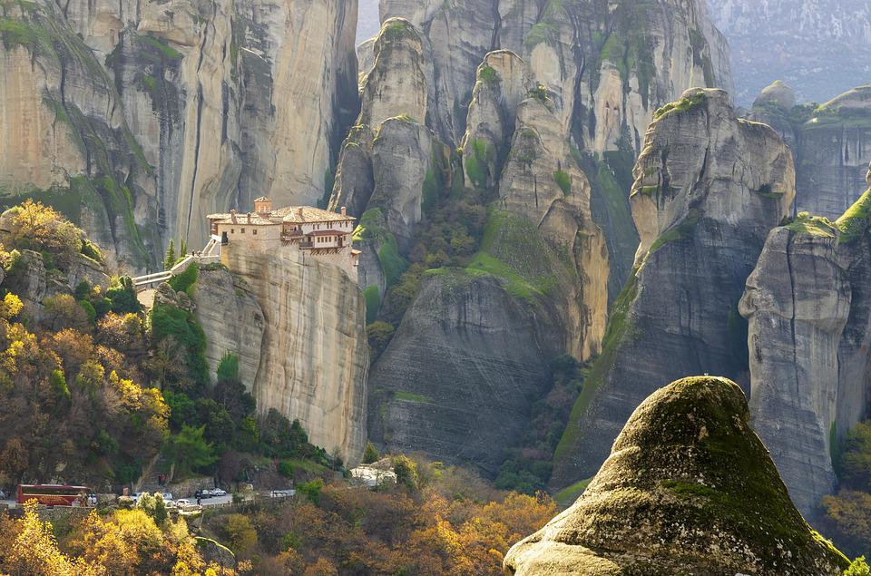 A view of a monastery in Meteora