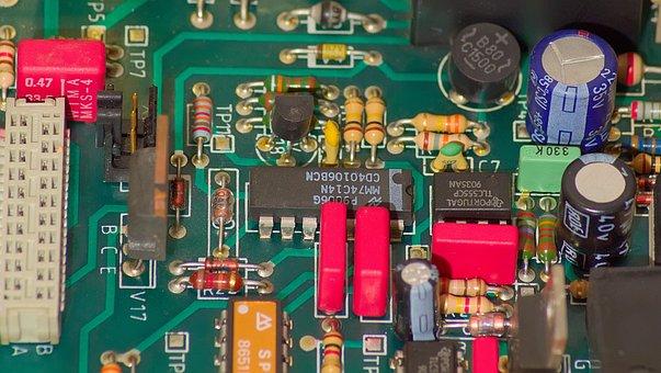 Placa de circuito impresso, componentes