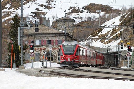 베 르 니 나, 기차, Bernina 철도, 좁은 계기, 스위스, Rhb