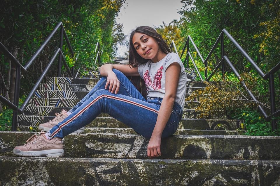 έφηβος κορίτσι μελαχρινή πορνό κανάλι
