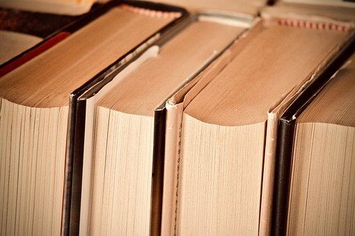 Livros, biblioteca, leitura, educação