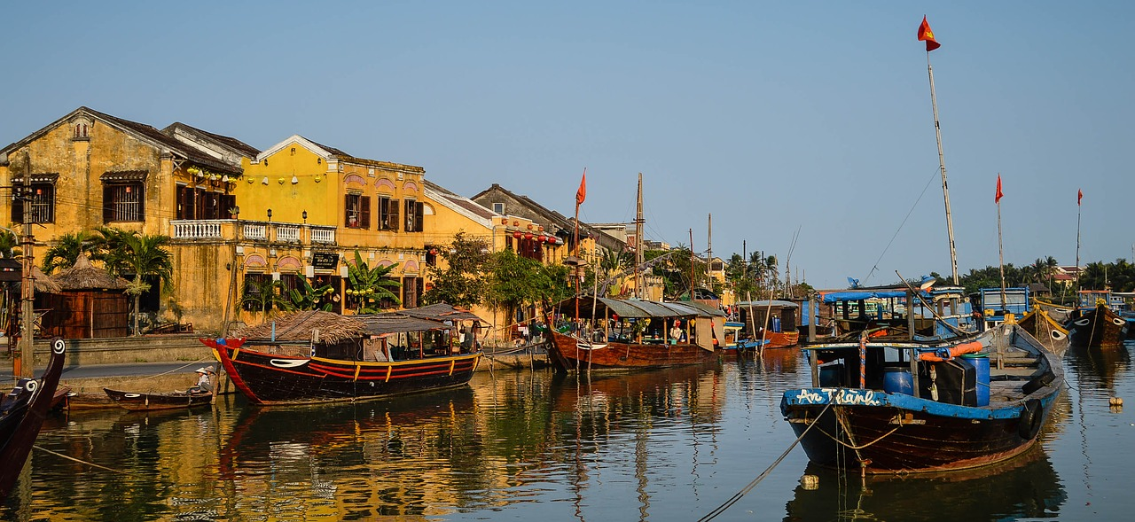 central-vietnam-tour-package-from-singapore