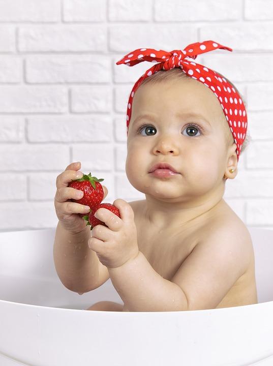 Erdbeeren Mädchen Obst - Kostenloses Foto auf Pixabay