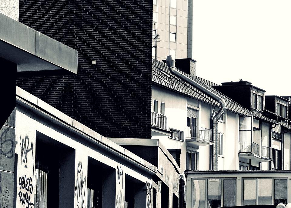 Stadt Hinterhof Gebaude Kostenloses Foto Auf Pixabay