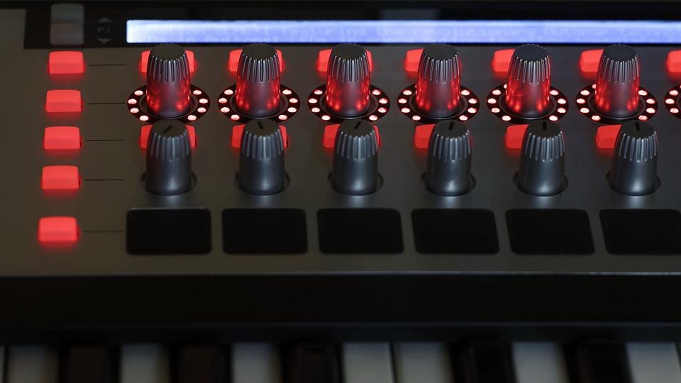 キーボード, 電子, シンセサイザー, 技術, 音, 音楽, 設備, 表示, ボタン, モダン, フラップ