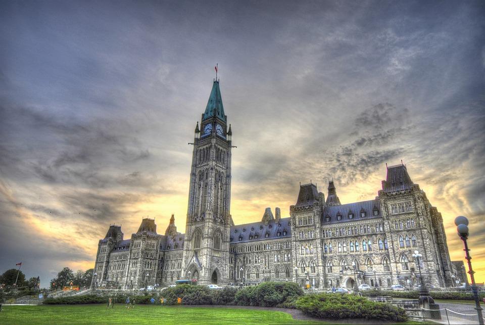 """Резултат с изображение за """"канадския парламент в Отава."""""""""""