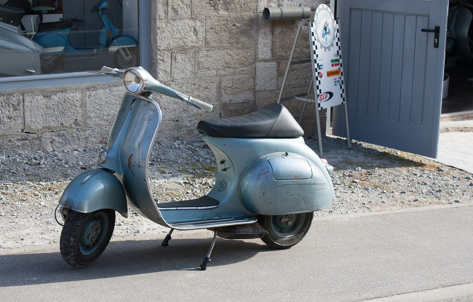 Vintage Vespa Motor Scooter - Free photo on Pixabay
