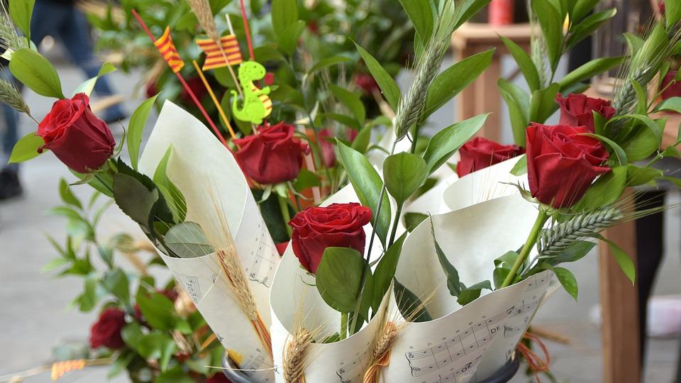 Sant Jordi, Roses, Senyera, Celebration, Catalonia