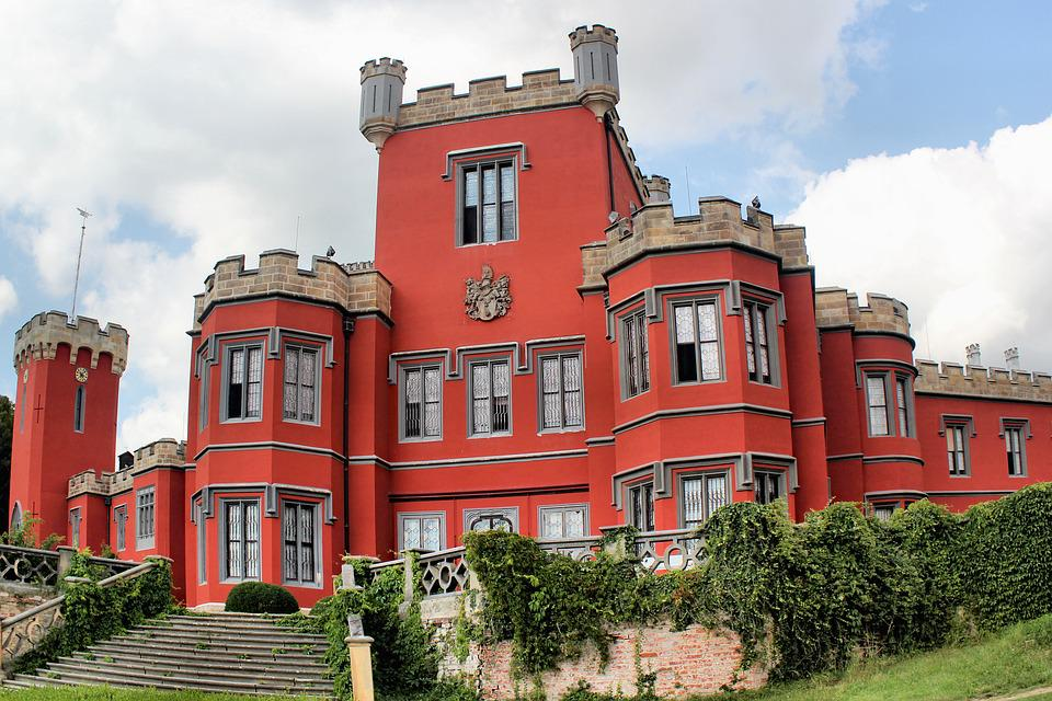 Schloss Gothic Gebaude Kostenloses Foto Auf Pixabay