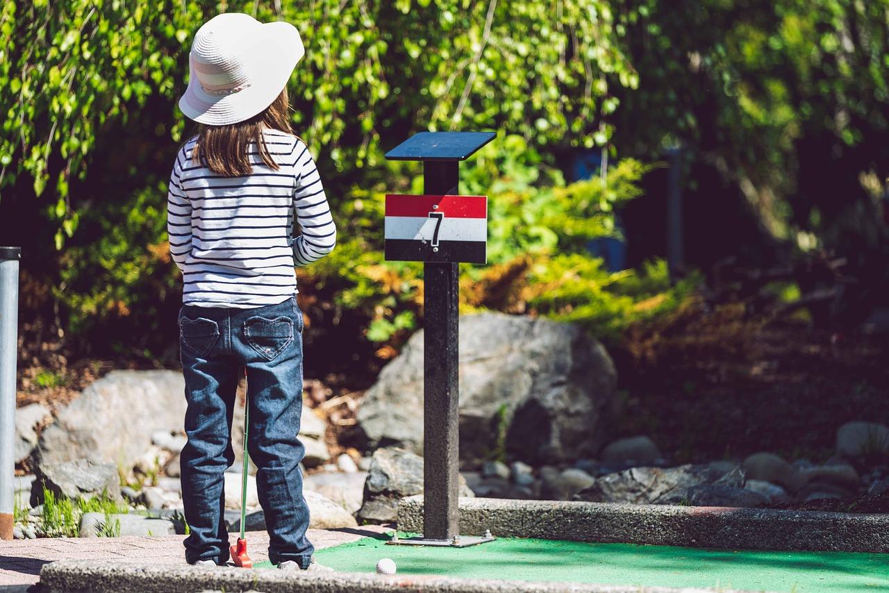 fille mini golf