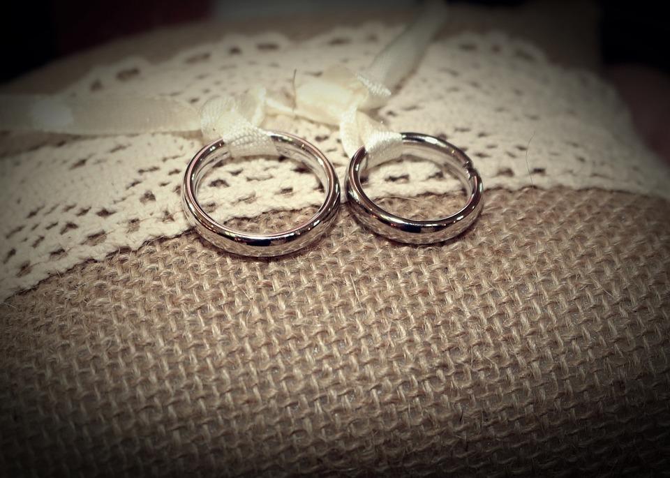 Какая свадьба празднуется через 2 года брака организация торжества и сюрпризы для любимых