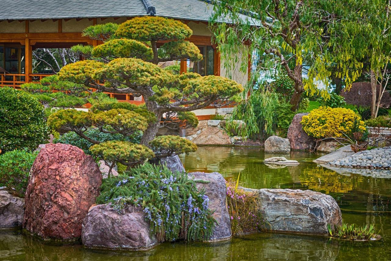 только красиво изображение японского сада на картинке канадца