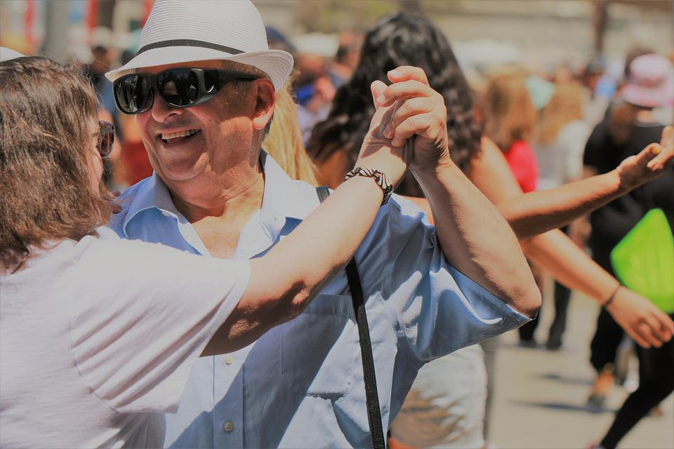 Couple, Dancing, Street Dancing, Tel Aviv, Smile