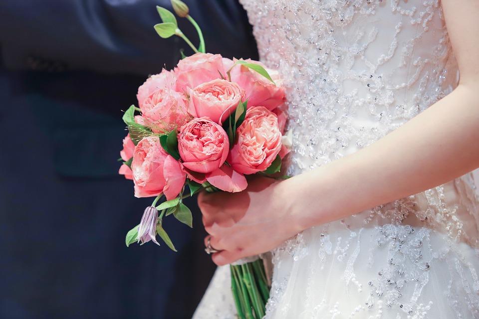 Házasságkötés ingyen