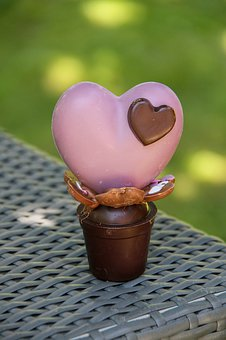 Chocolate, Heart, Party Moms, Delicious,124 Free images of Chocolate Day Related Images: Chocolate Love Heart  Valentine's Day  Candy  Hot Chocolate  Romantic  Romance  Valentine  Sweet