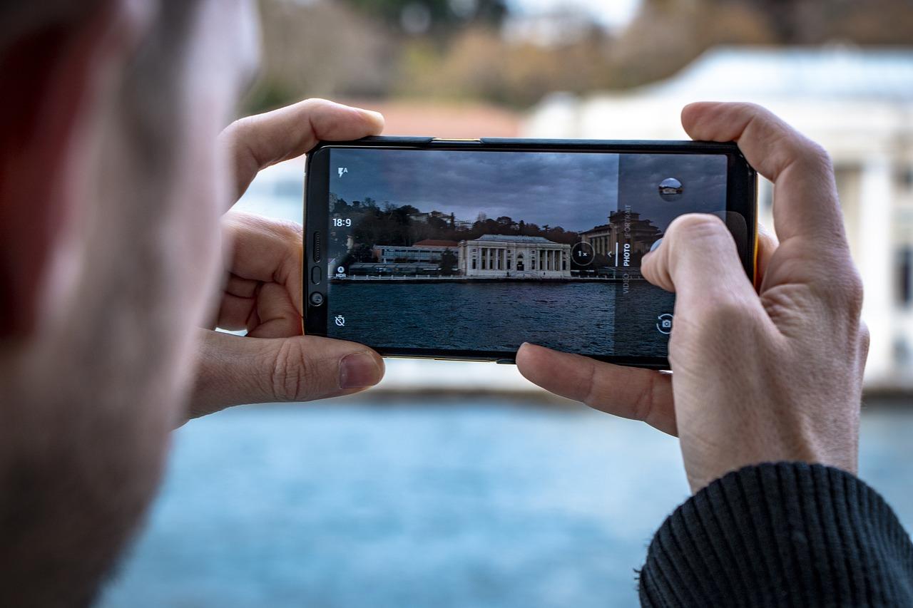 Как научиться фотографировать на мобильный телефон