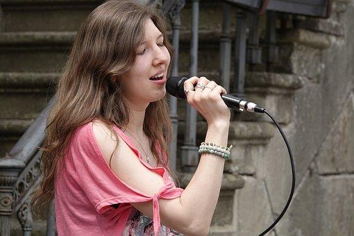 singer-4227269__340