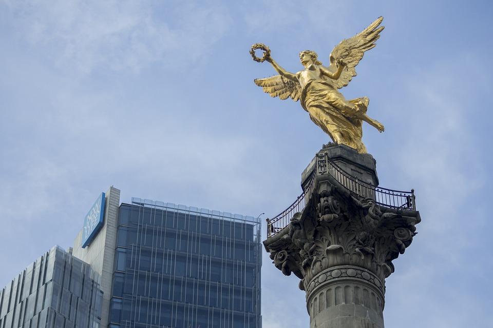angel de la independencia en la capital de mexico