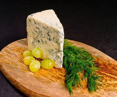 В Нижегородской области начали выпускать сыр с голубой плесенью