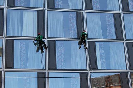 GmbH gmbh mantel zu kaufen gesucht Gebäudereinigung gmbh hülle kaufen treuhand gmbh kaufen