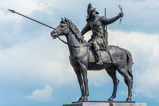 statue of King Phillip III