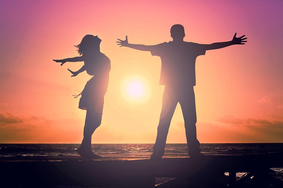 Чувства и эмоции человека: происхождение, значение, проявление
