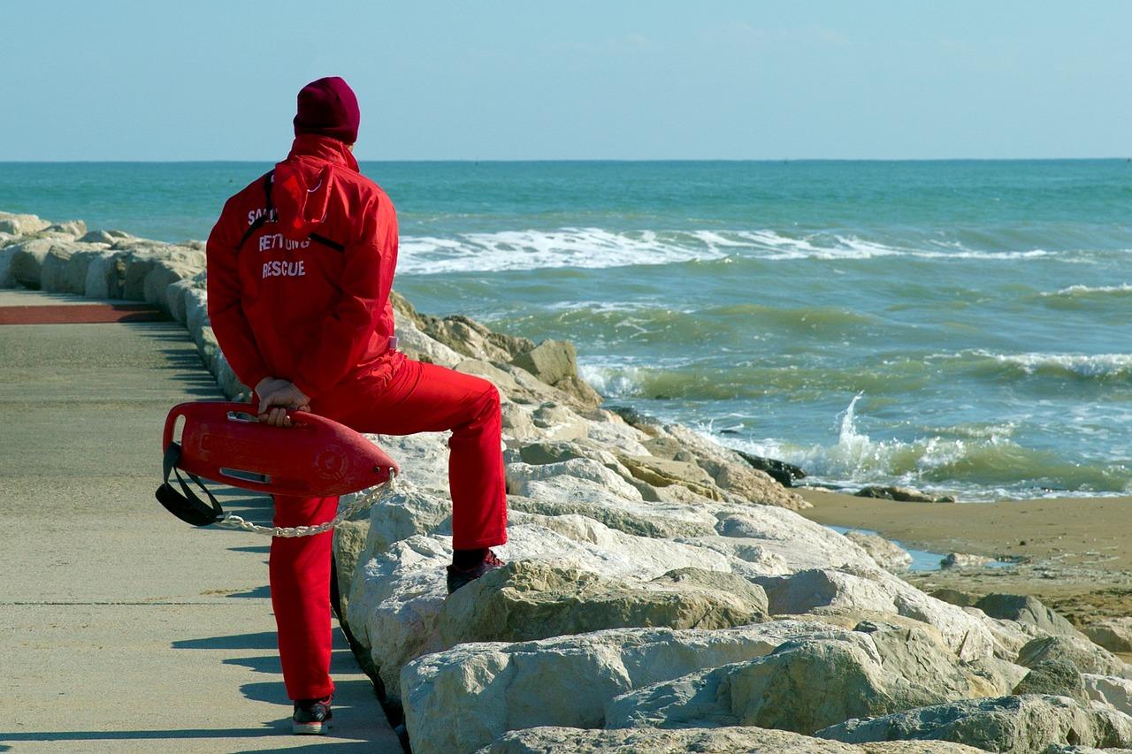 Картинки спасатели на море