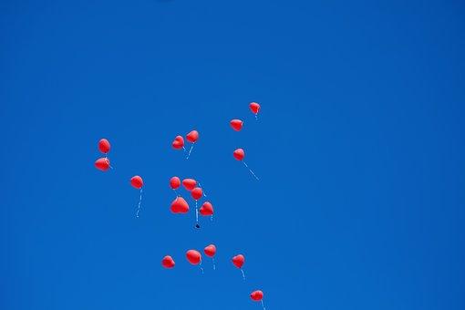 Verflixter Valentinstag - Herzen, Himmel, Heiterkeit
