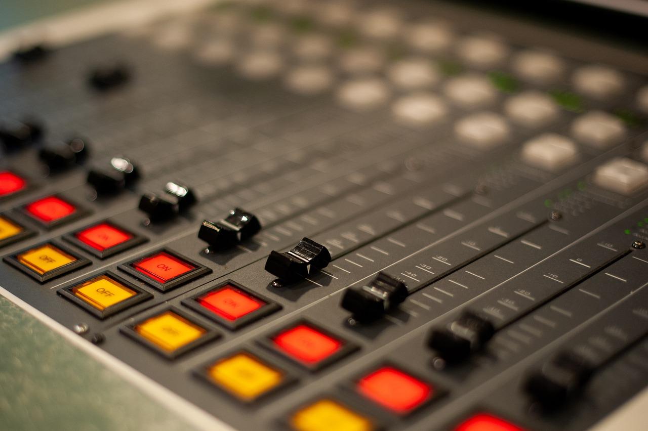 Radio Console Studio - Free photo on Pixabay
