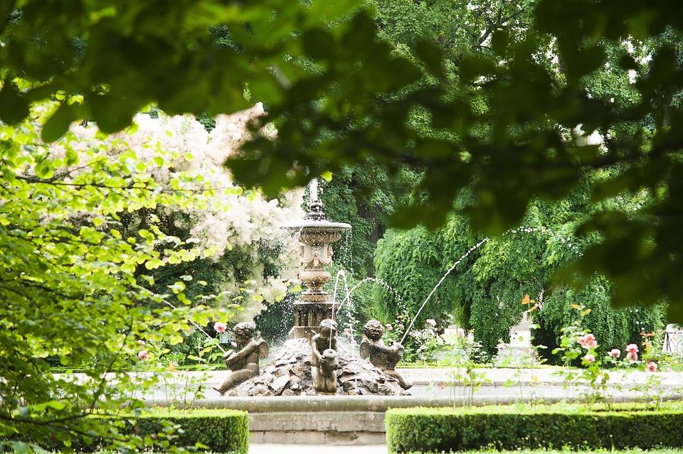 Statue, Water, Fountain, Sculpture, Kroměříž