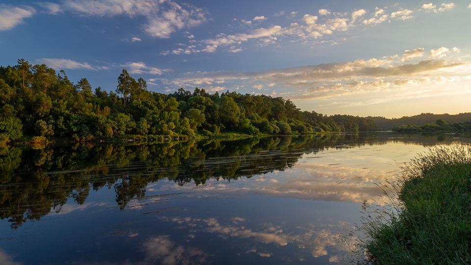 ミーニョ, ガリシア, ミラー, 水, 自然, 川, ブルー, 反射, 風景, 空, 夕暮れ, 雲, 午後