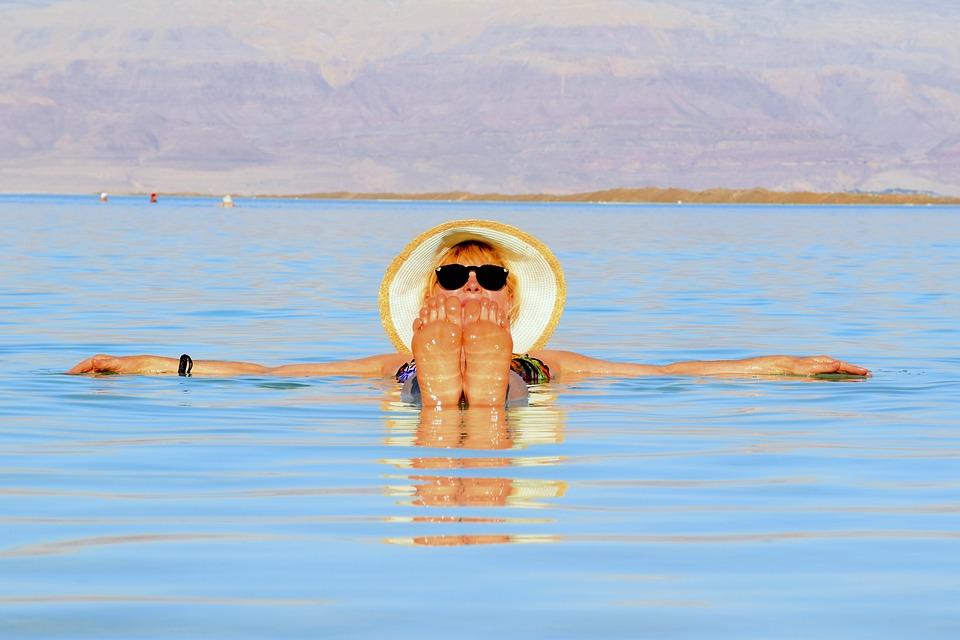Mar Morto, Israele, La Giornata Della Salute, Appena