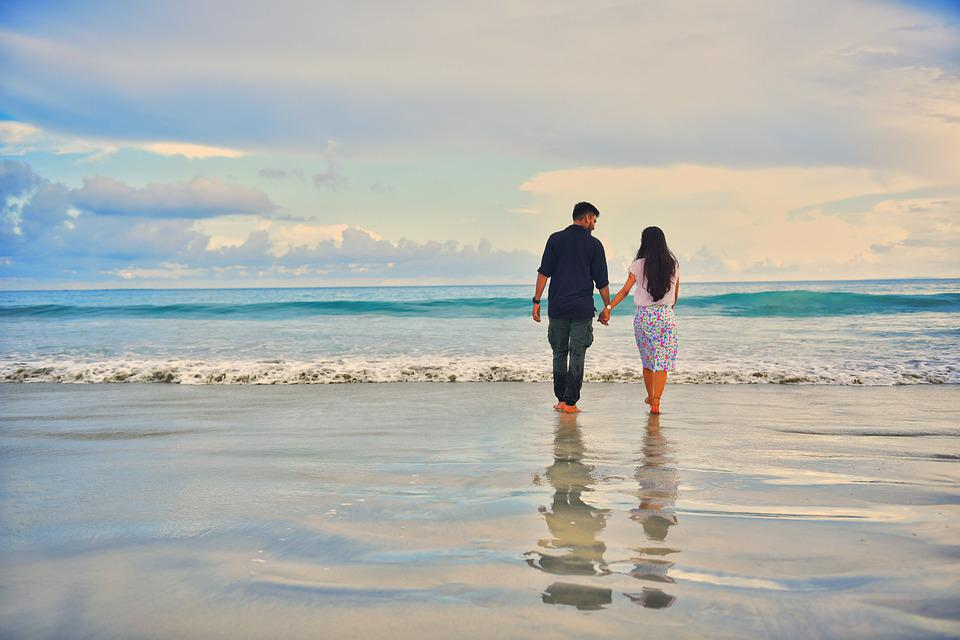 Beach Love Couple Free Photo On Pixabay