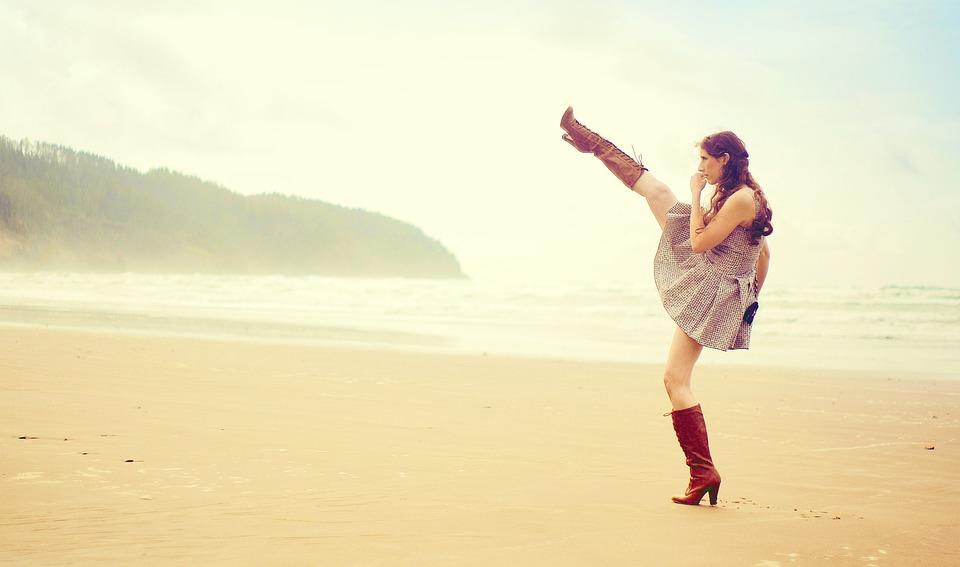 女性の日, Womensday, 女の子, 女性, ビーチ, かかと, ブーツ, ドレス, 戦い, キック