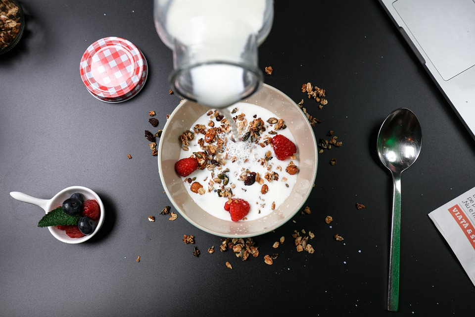 Berry Breakfast, Cereal, Milk, Cream, Delicious, Diet