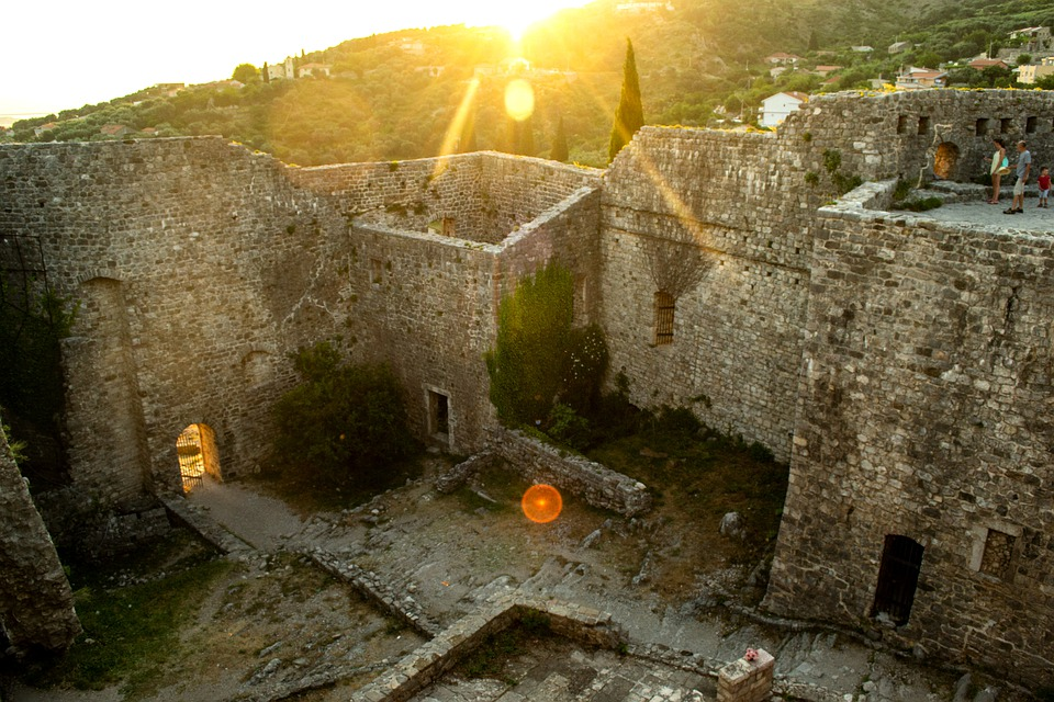 Ruine, Montenegro