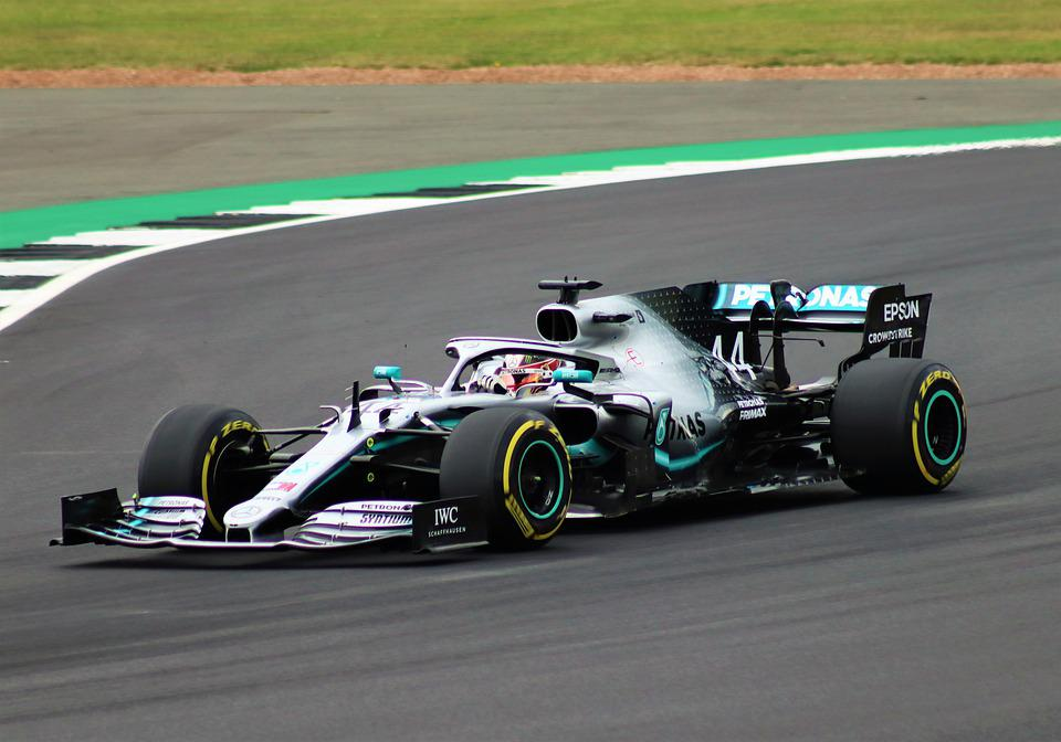 bet on Hamilton to leave Mercedes