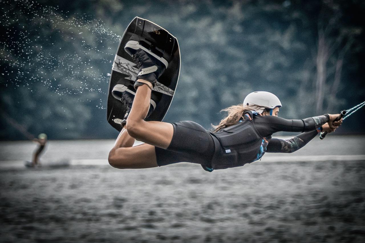 Watch under water metal bondage