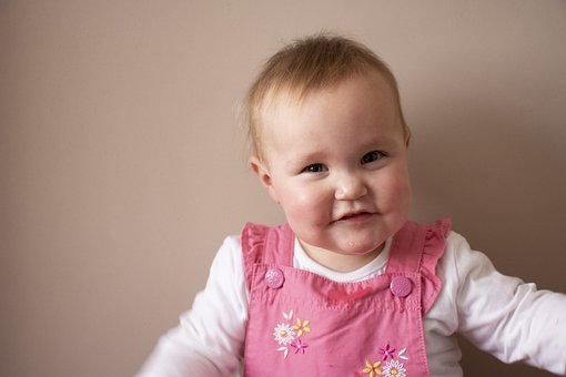 宝宝肚子老是胀气是怎么回事?