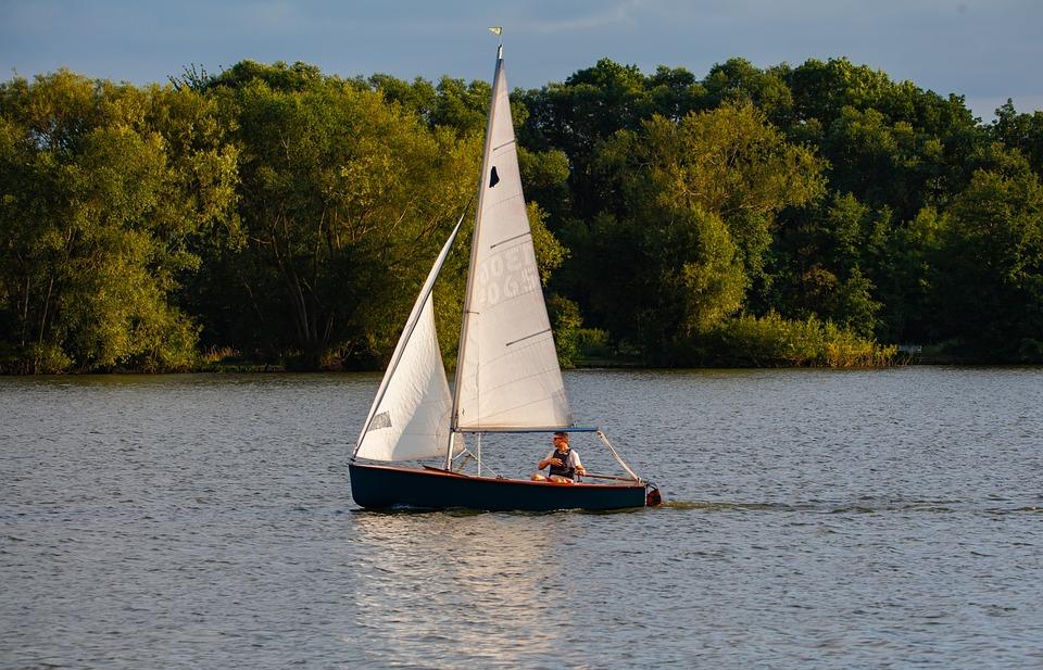 小型ボート, シングルクルーの船, 男性ボート, ボート, 湖, 川, 湖をボートします。, 反射, 夜