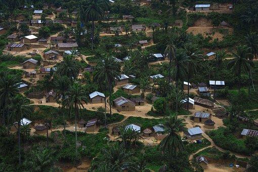 Bulambika, Bunyakiri, Village Africain