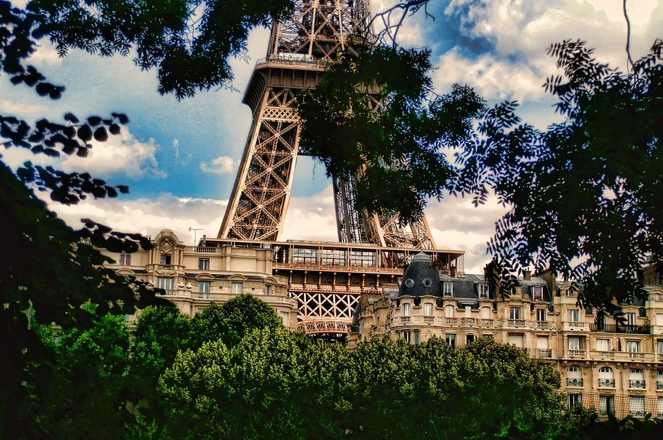Frankreich, Paris, Eifelturm, Sommer, Himmel