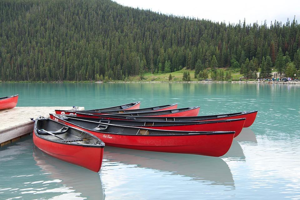 Barci De Colorat Lacul Louise Fotografie Gratuită Pe Pixabay