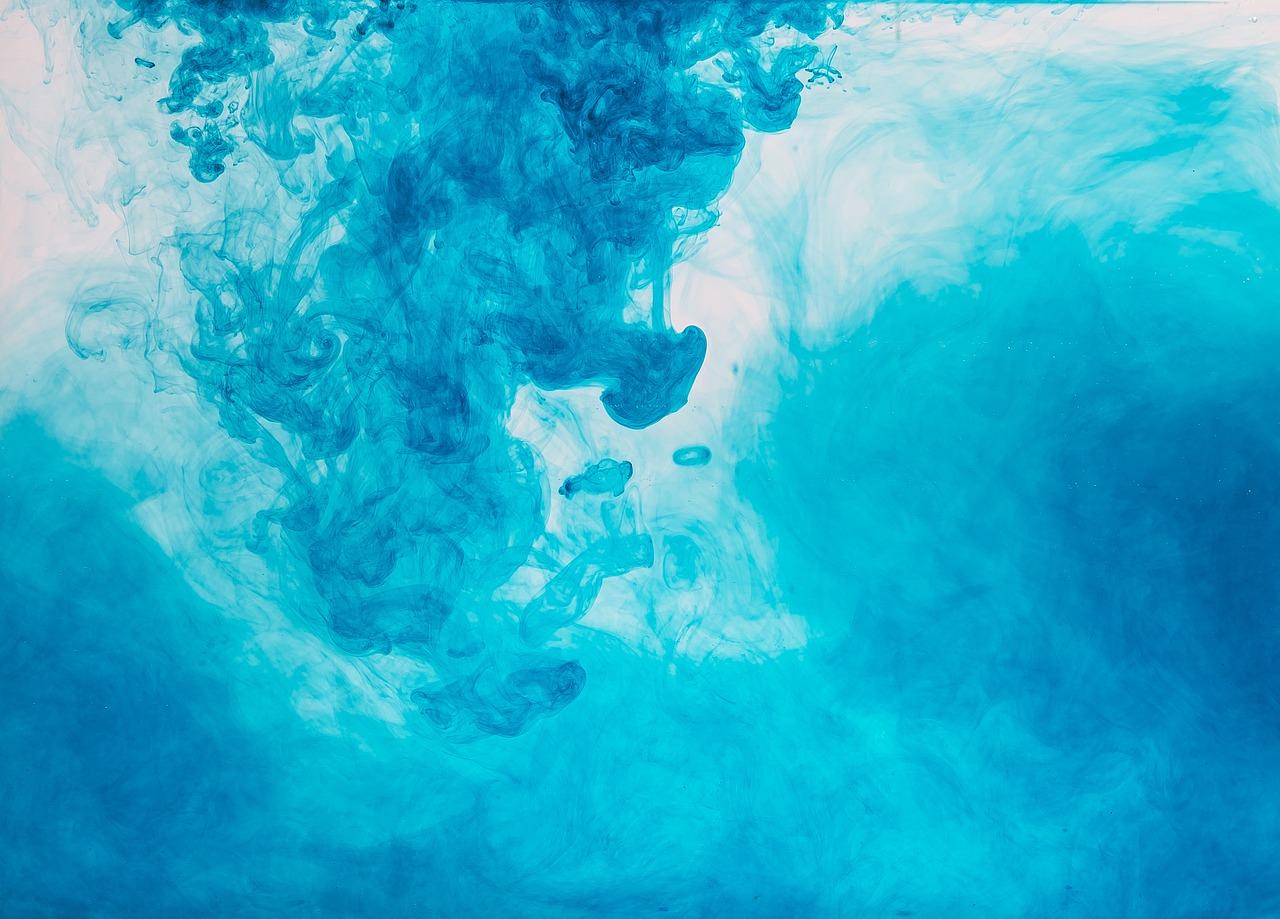 Фотки краски в воде есть
