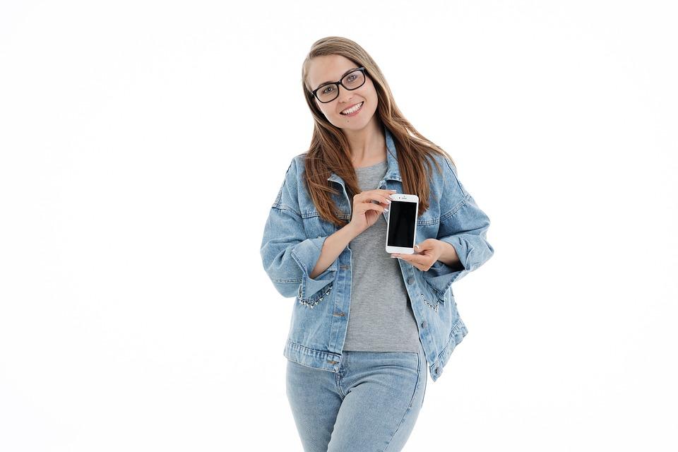 女の子, ホワイト, バック グラウンド, 肖像画, 美しい, 携帯電話, スマート フォン, 喜怒哀楽